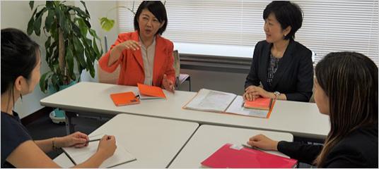 女性の管理職推進研修風景